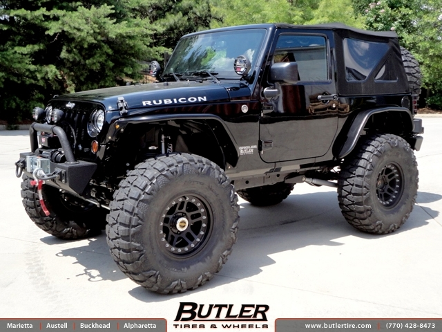 Jeep Wrangler with 17in ATX 195 Wheels