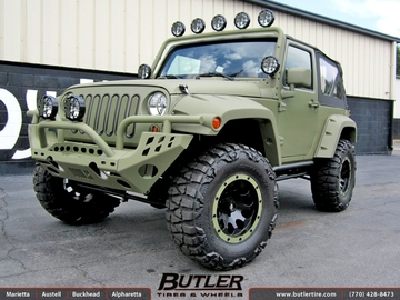 Jeep Wrangler with 17in ATX AX186 Wheels