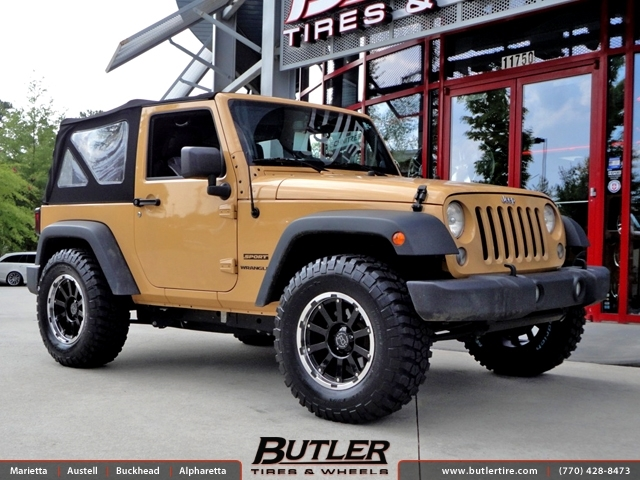 Jeep Wrangler with 17in Black Rhino Trail Wheels