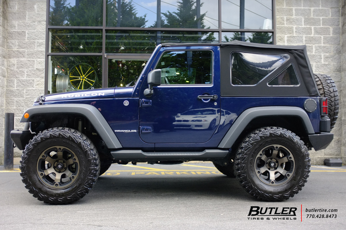 Jeep Wrangler with 17in Fuel Beast Wheels