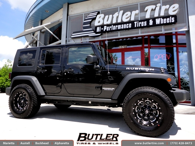 Jeep Wrangler with 17in Fuel Boost Wheels