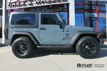 Jeep Wrangler with 17in Fuel Hostage Wheels