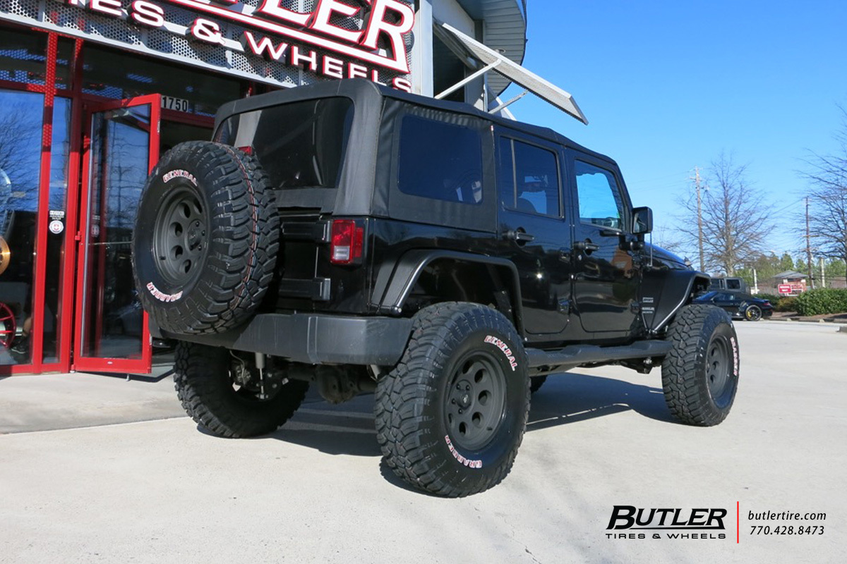 Jeep Wrangler With 17in Pro Comp 1069 Wheels Exclusively