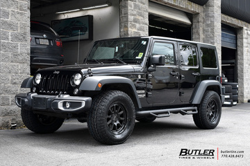 Jeep Wrangler with 18in Black Rhino Chase Wheels