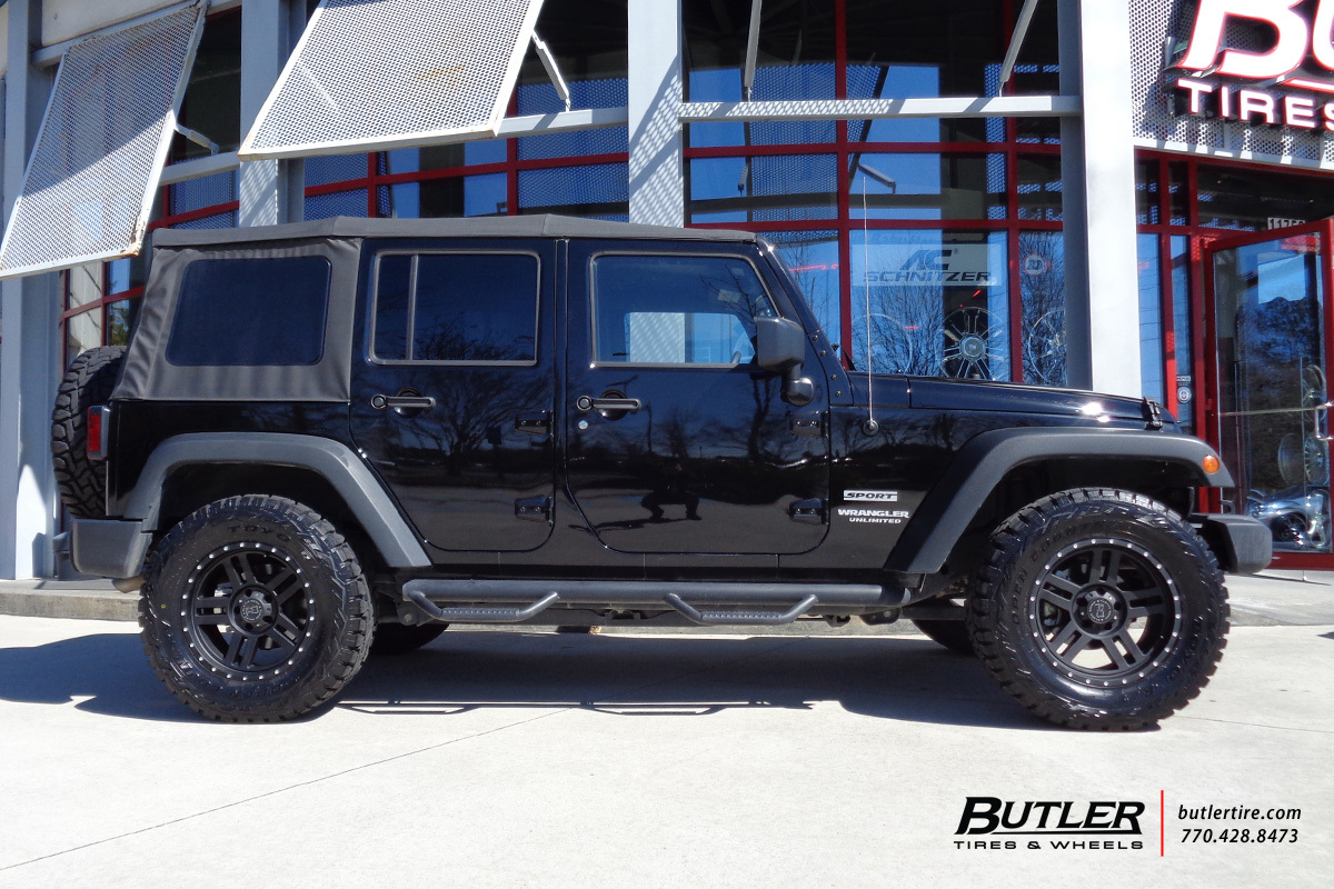 Jeep Wrangler with 18in Black Rhino Mojave Wheels
