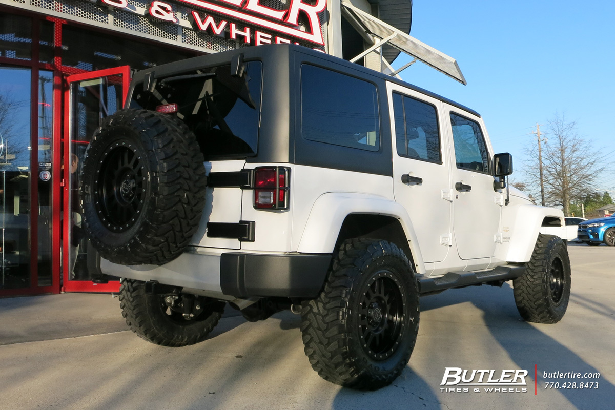 Jeep Wrangler with 18in Black Rhino Tanay Wheels