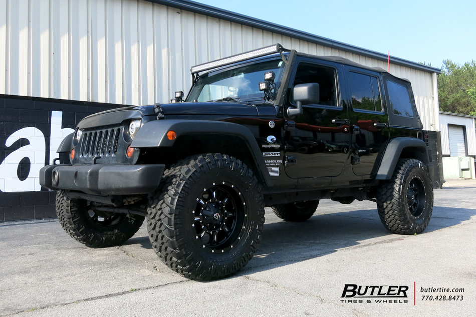 Jeep Wrangler With 18in Fuel Krank Wheels Exclusively From