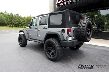 Jeep Wrangler with 20in Black Rhino Recon Wheels
