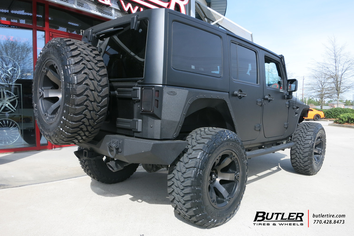 Jeep Wrangler with 20in Fuel Beast Wheels
