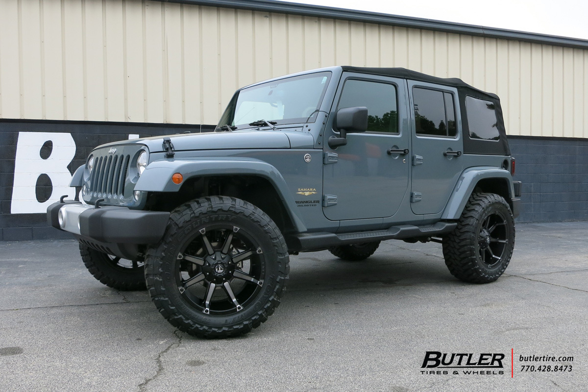 Jeep Wrangler with 20in Fuel Coupler Wheels