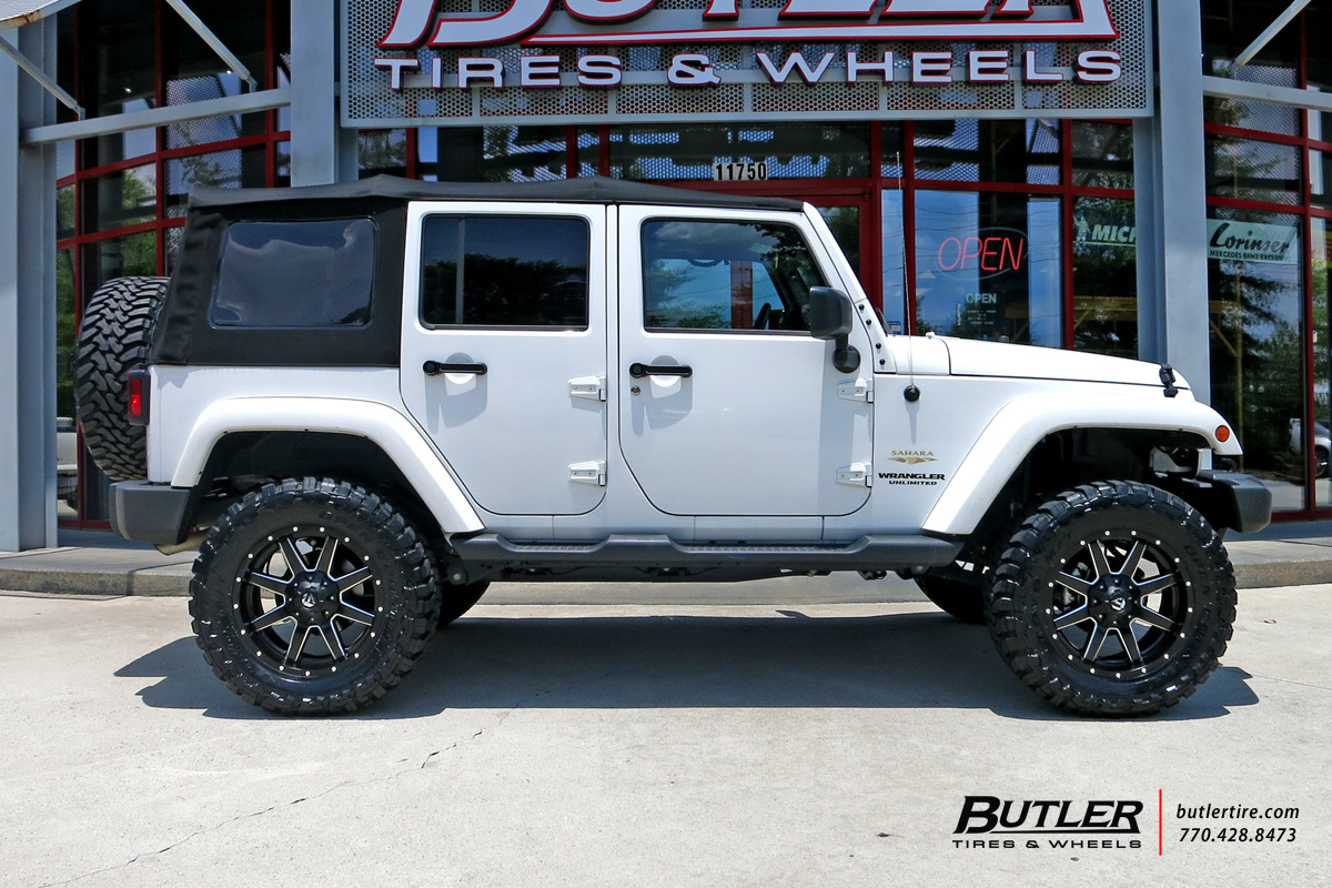 Jeep Wrangler with 20in Fuel Maverick Wheels exclusively ...