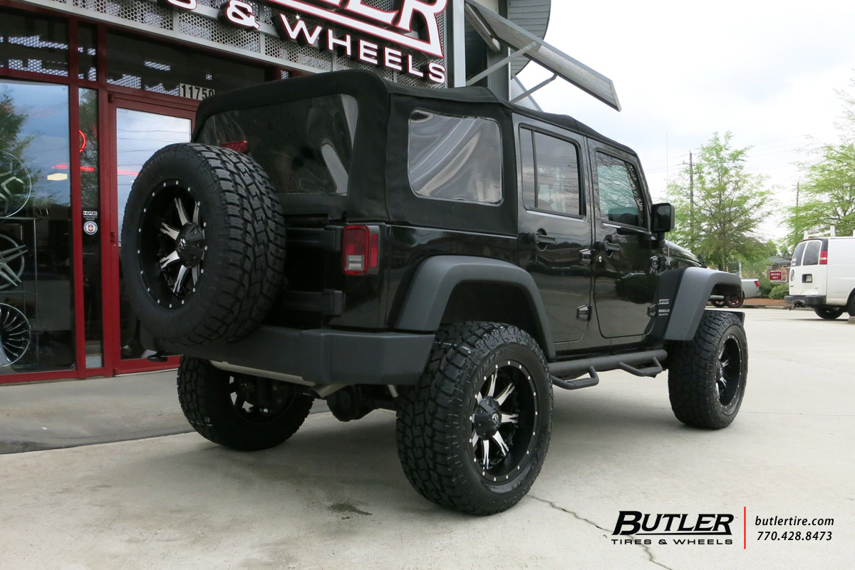 Jeep Wrangler with 20in Fuel Nutz Wheels