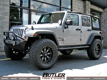 Jeep Wrangler with 20in Fuel Throttle Wheels