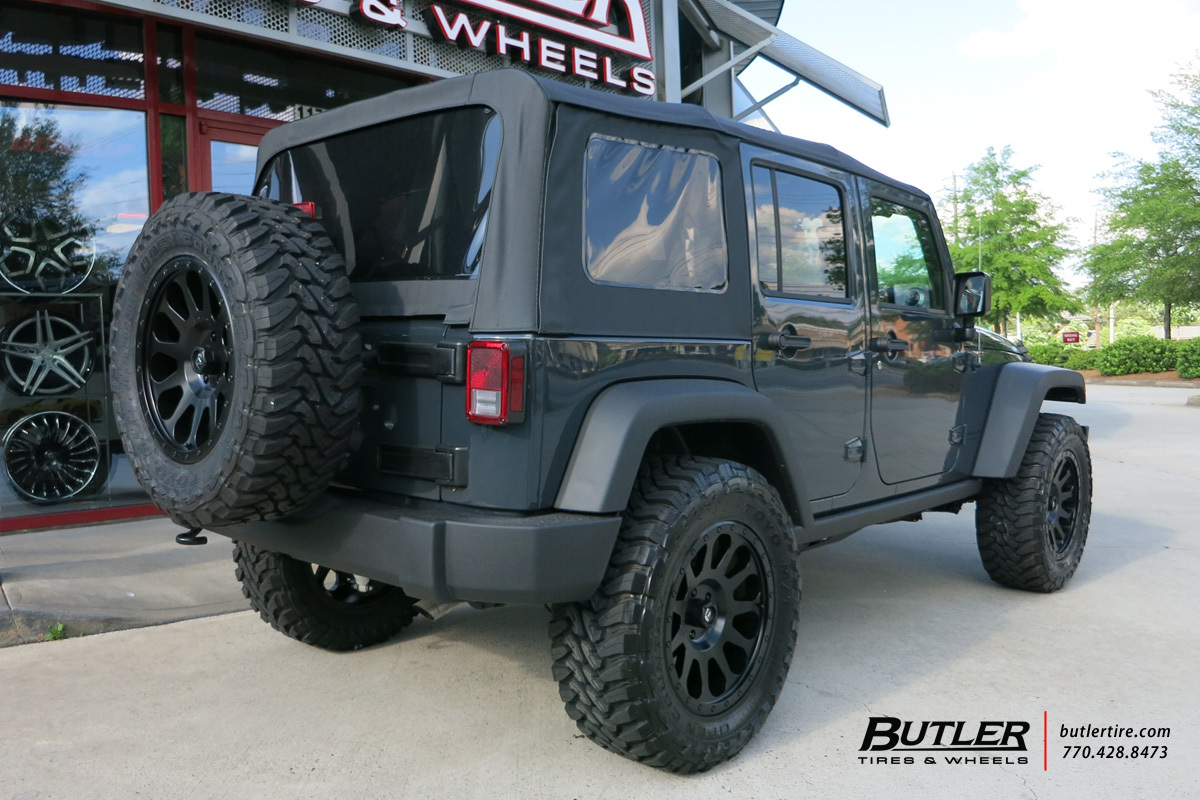 Jeep Wrangler With 20in Fuel Vector Wheels Exclusively