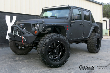 Jeep Wrangler with 20in Moto Metal 962 Wheels