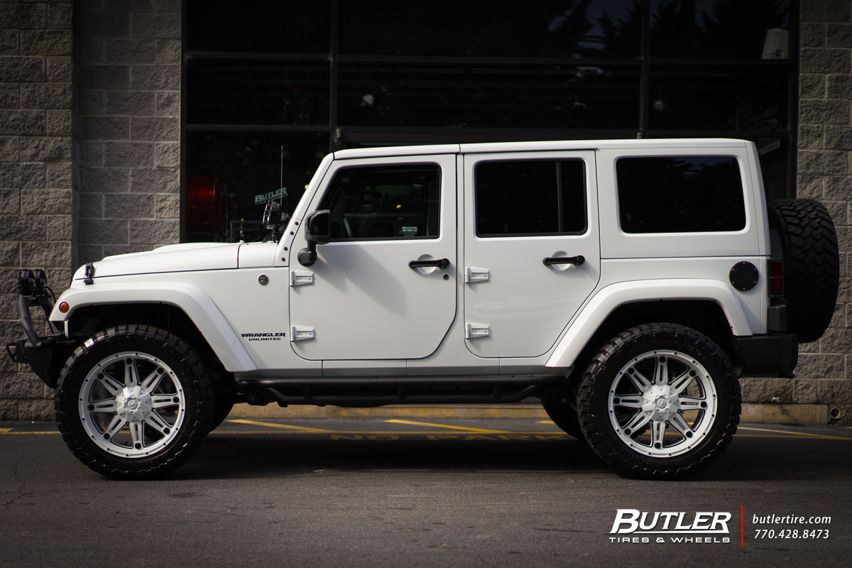 Jeep Wrangler with 22in Fuel Hostage Wheels
