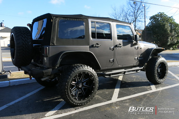 Jeep Wrangler with 22in Fuel Maverick Wheels