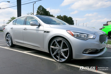 Kia K900 with 22in Lexani CSS7 Wheels