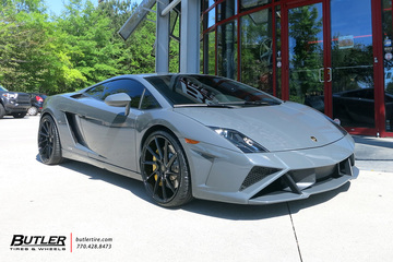 Lamborghini Gallardo with 20in Savini BM15 Wheels