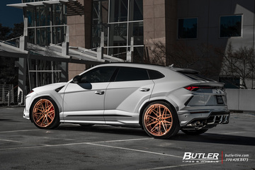 Lamborghini Urus with 24in Avant Garde F538 Wheels