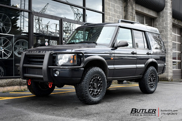 Land Rover Discovery with 18in Black Rhino York Wheels