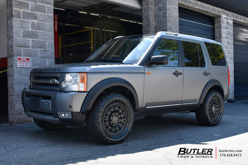 Land Rover LR3 with 18in Black Rhino Arsenal Wheels