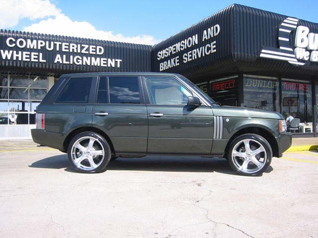 Land Rover Range Rover  with 22in Antera 856 Wheels