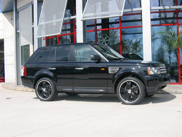 Land Rover Range Rover Sport with 22in Antera 345 Wheels
