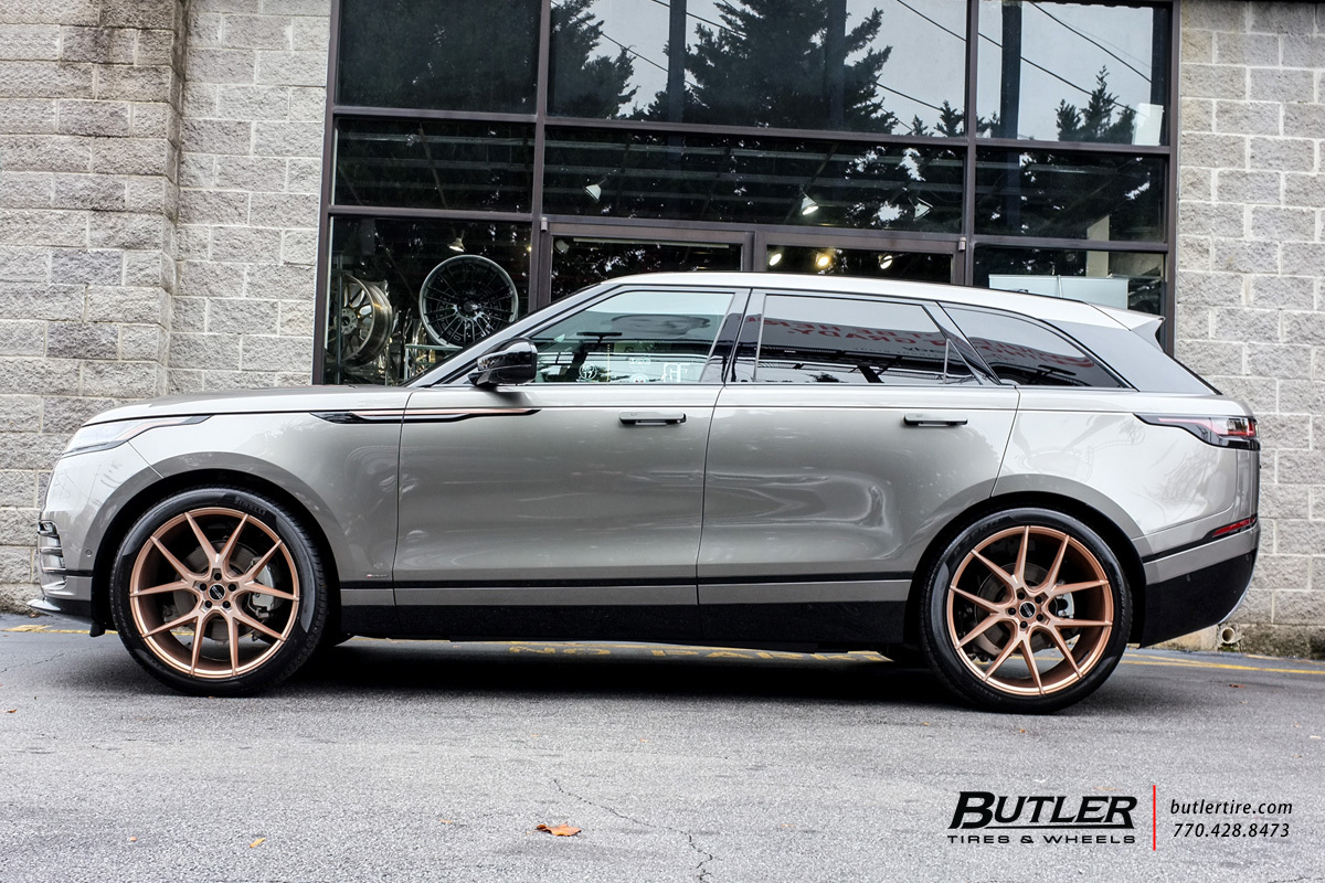 Land Rover Velar with 22in Savini BM14 Wheels exclusively