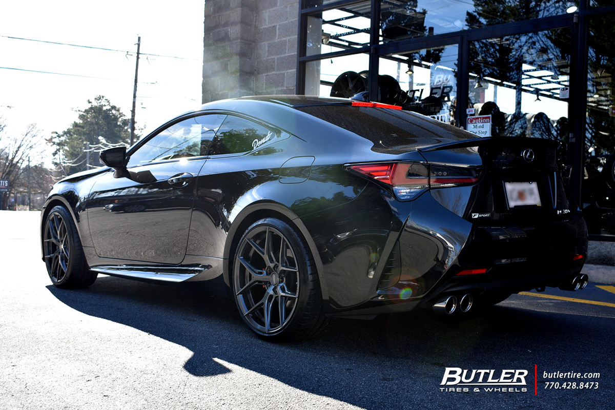 Lexus RCF with 20in Vossen HF-5 Wheels