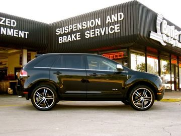 Lincoln MKX with 22in Antera 381 Wheels