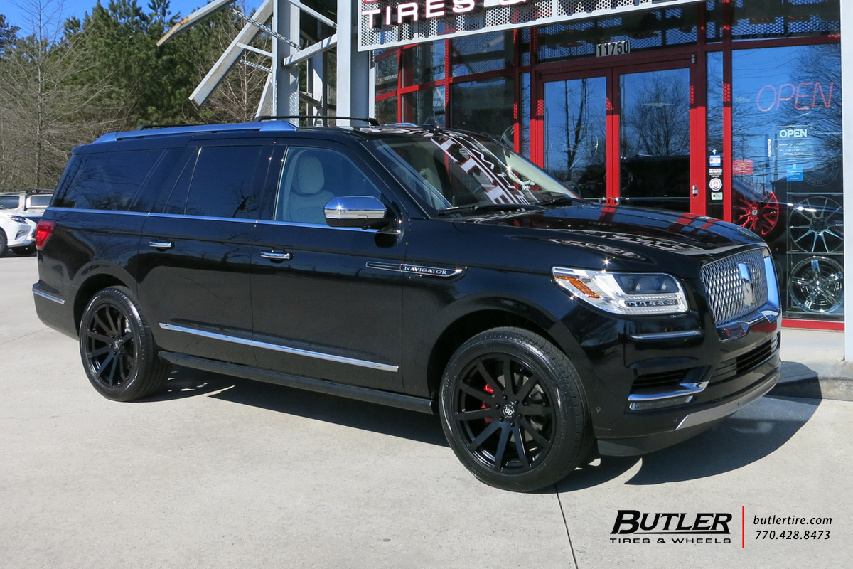 Lincoln Navigator with 22in Black Rhino Traverse Wheels