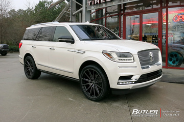 Lincoln Navigator with 24in Vossen HF-6 Wheels