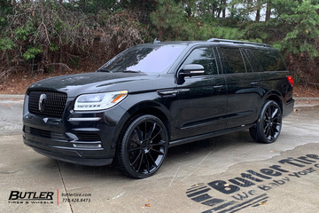 Lincoln Navigator with 26in Status Goliath Wheels