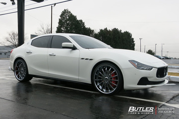 Maserati Ghibli with 22in Savini SV34 Wheels