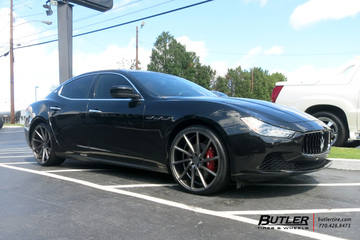 Maserati Ghibli with 22in Vossen CVT Wheels
