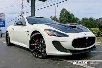 Maserati Granturismo with 21in Strasse R10 Wheels