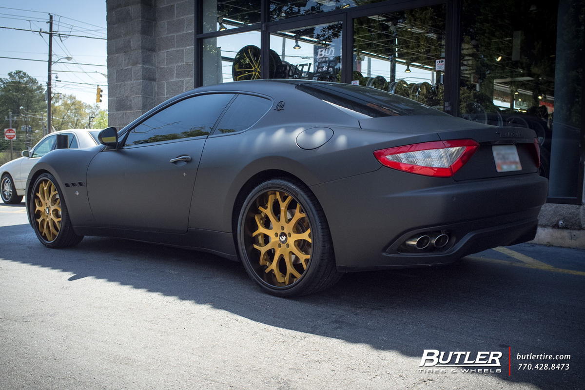 Maserati Granturismo with 22in Forgiato Capolovaro Wheels