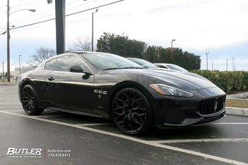 Maserati Granturismo with 22in Vossen HF-2 Wheels
