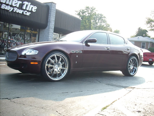 Maserati Quattroporte with 22in Autocouture Exxel Wheels
