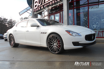 Maserati Quattroporte with 22in Savini BM13 Wheels