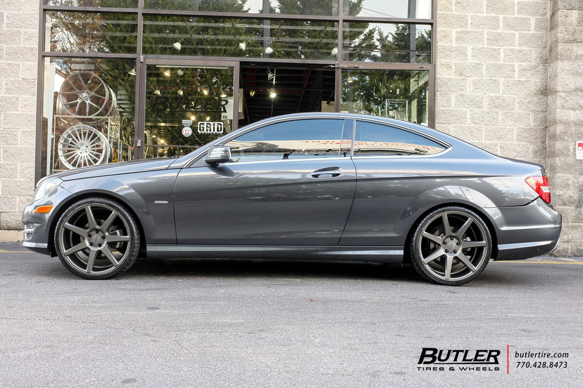 Mercedes C-Class with 20in Vossen CV7 Wheels