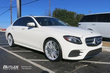 Mercedes C-Class with 20in Vossen VFS4 Wheels