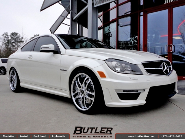 Mercedes C-Class with 19in Savini BS2 Wheels