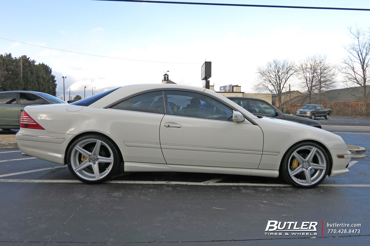 Mercedes CL-Class with 22in Savini BM8 Wheels