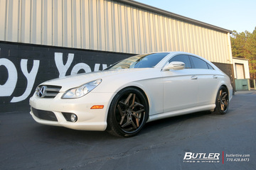 Mercedes CLS with 20in Lexani Spyder Wheels