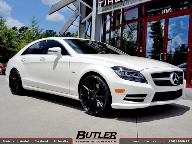 Mercedes CLS with 20in Niche Essen Wheels