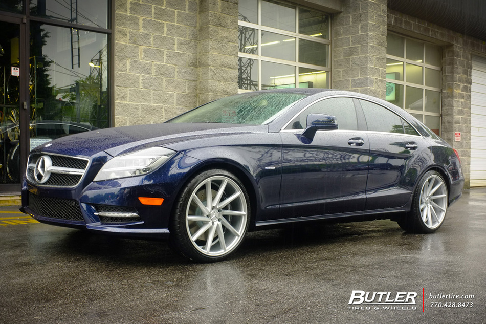 Mercedes cls with 20in vossen cvt wheels exclusively from for Mercedes benz tire inflator