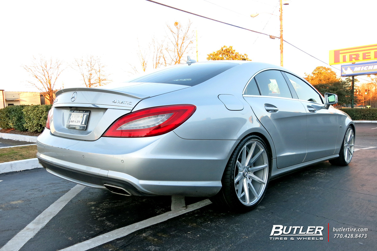 Mercedes CLS with 20in Vossen VFS1 Wheels