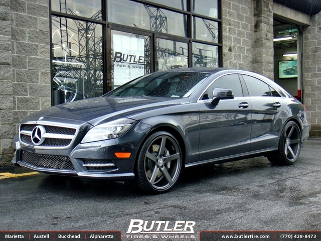 Mercedes CLS with 20in Vossen CV3 Wheels